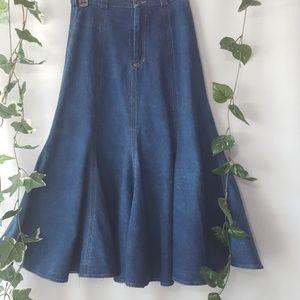 Vintage Liz Claiborne denim maxi trumpet skirt